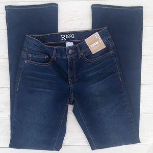 30fdeb76 R 1893 Roebuck & Co Jeans - Women sz 2 R1893 Roebuck & co bootcut jeans